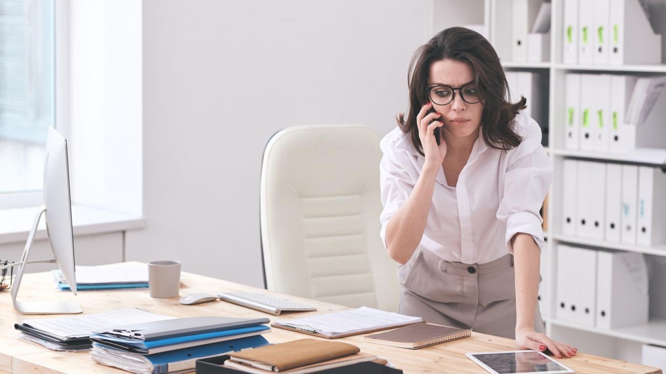 Directora saturada de trabajo busca soluciones externalizando servicios a Secretariado Online